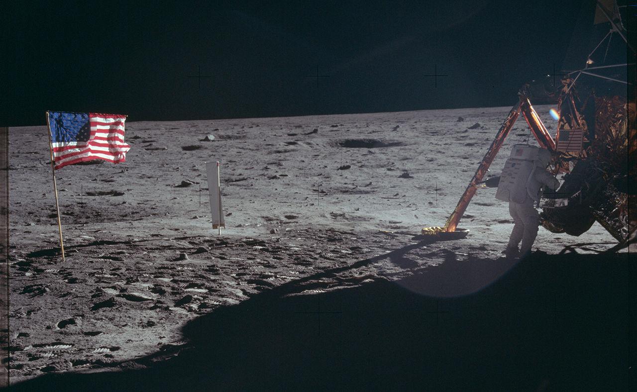 NASA släpper ett gäng högupplösta bilder från rymdäventyr