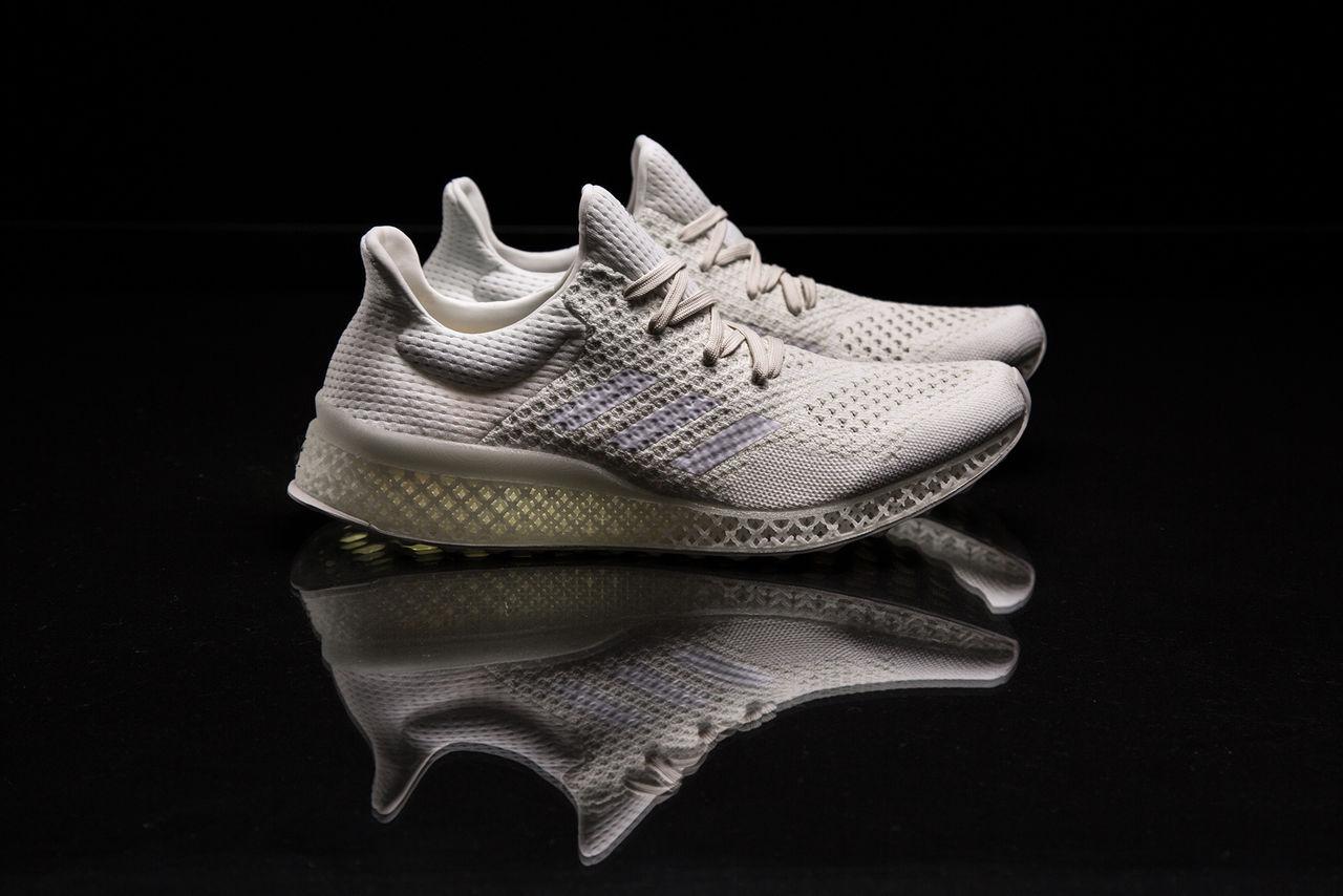 Löparskor med 3D-printad mellansula