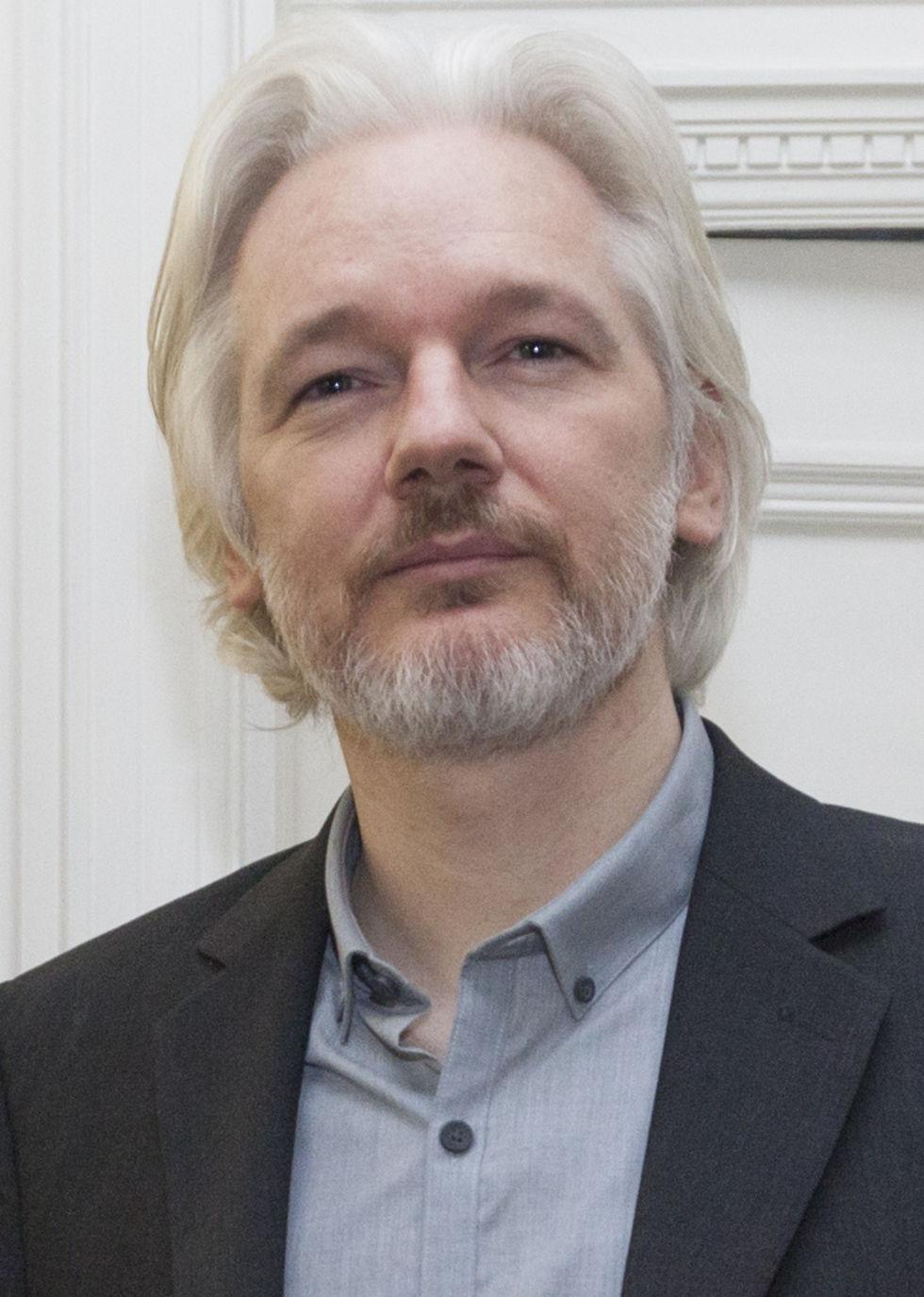 Brittisk polis drar ner på bevakningen av Assange