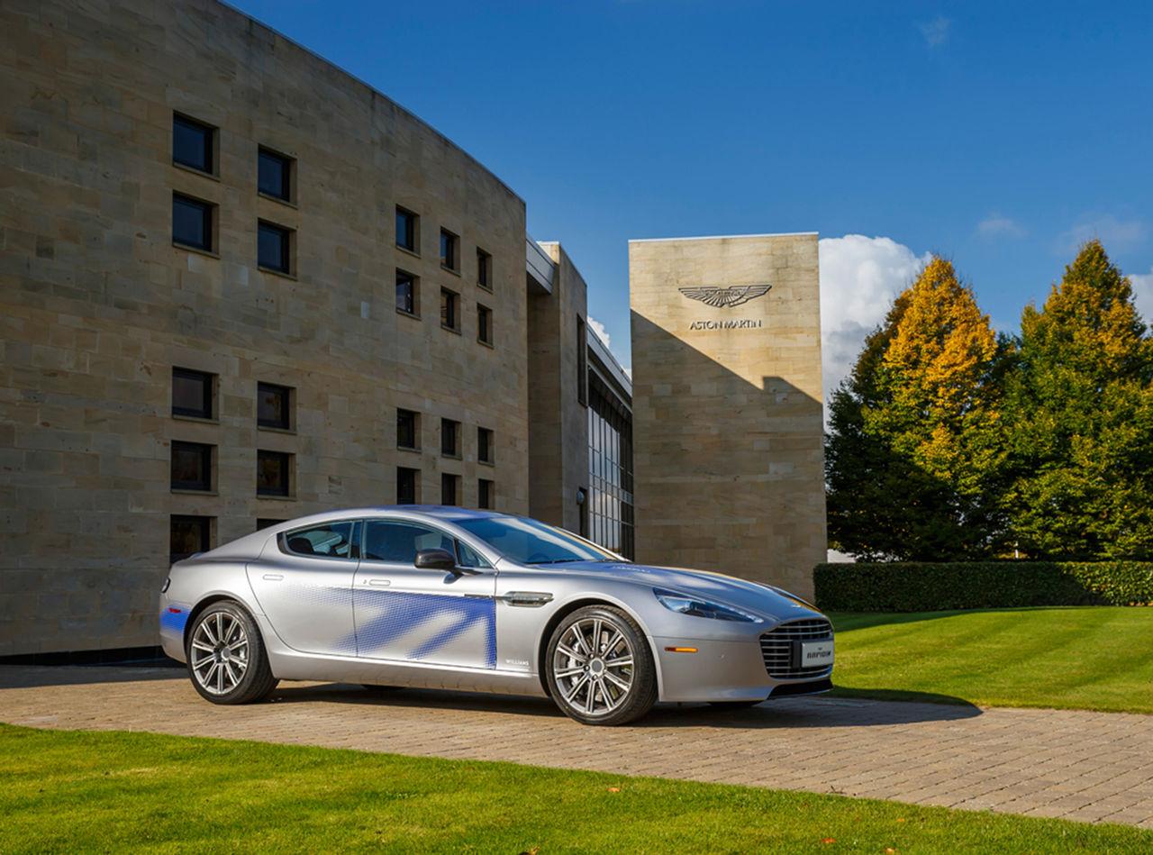 Aston Martin visar upp RapidE