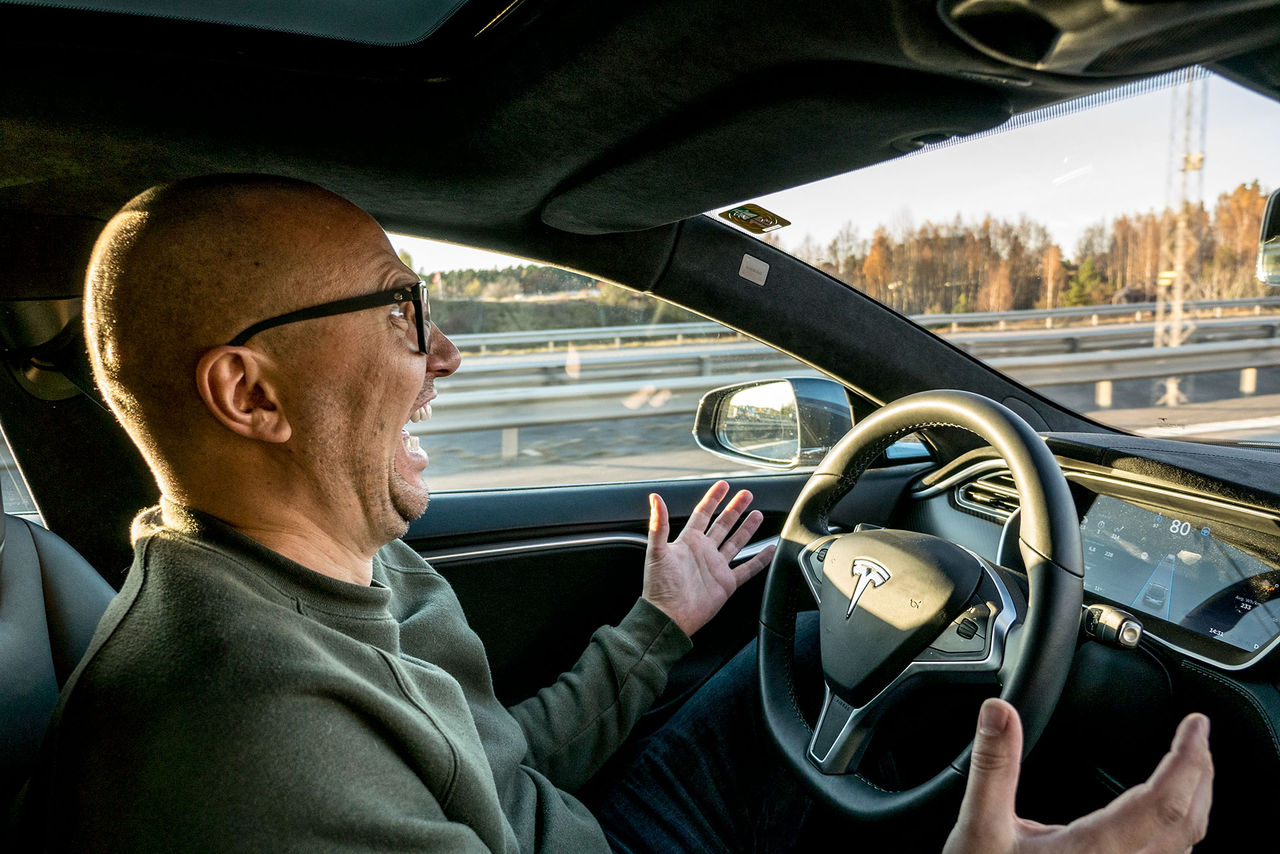 Vi har blivit körda av Teslas Autopilot