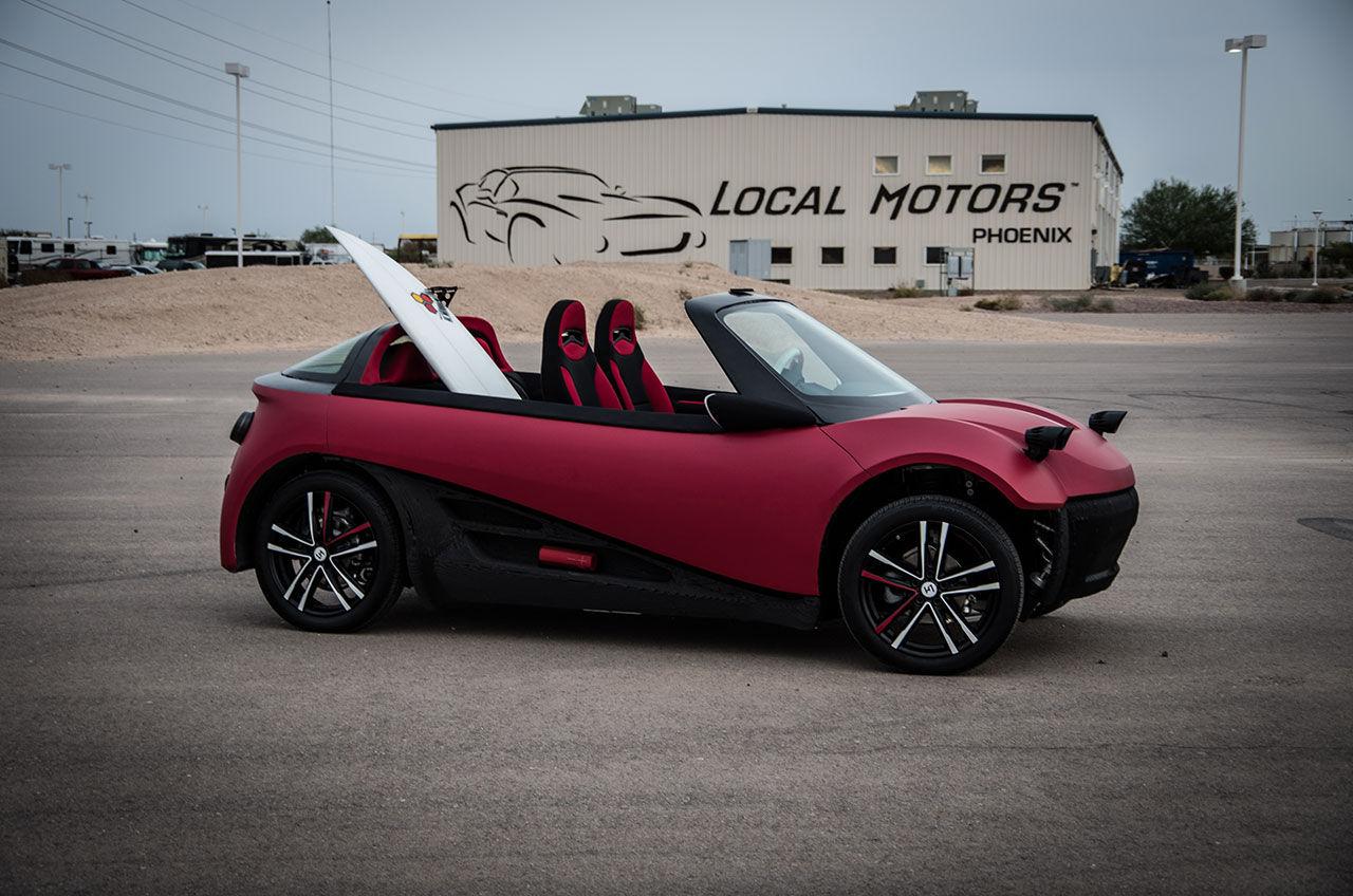 Local Motors visar 3D-printad elbil på SEMA