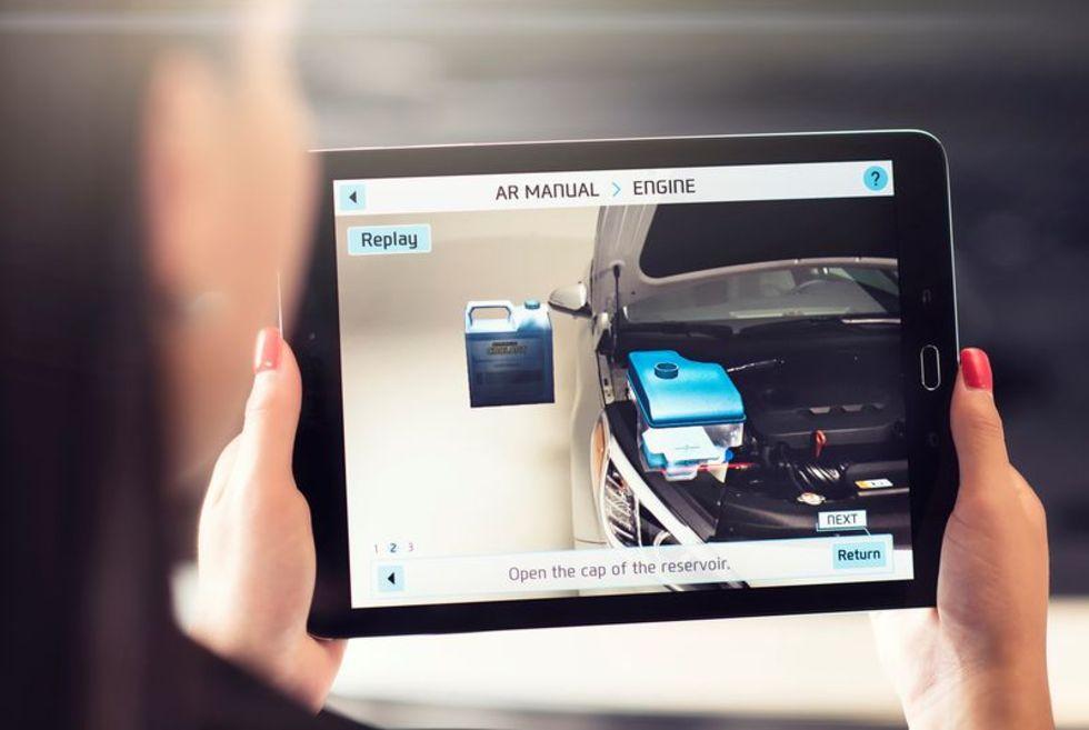 Hyundai tar fram augmented reality-manual till sina bilar
