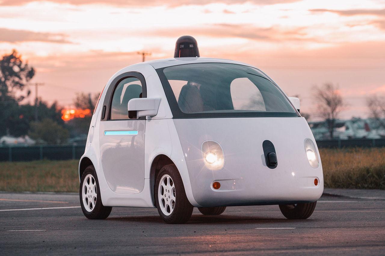 Regeringen tillsätter utredning om självkörande bilar