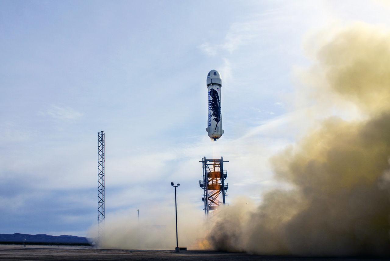 Blue Origin lyckas landa en återanvändningsbar raket