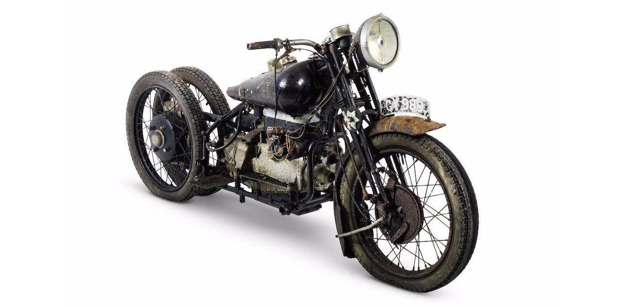 Klassiska mytomspunna motorcyklar hittade
