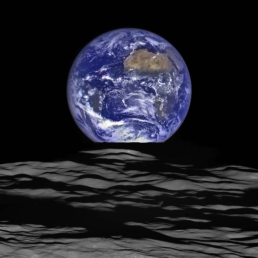 NASA släpper ny fin bild på jorden och månen