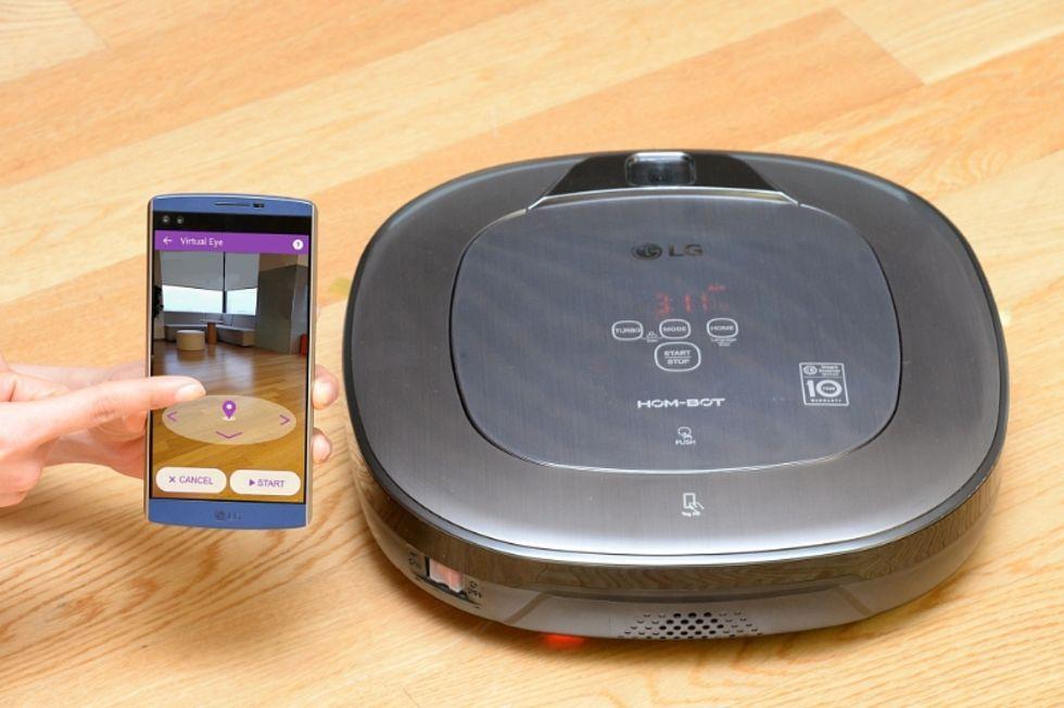 LG visar upp nya robotdammsugaren Hom-Bot Turbo+