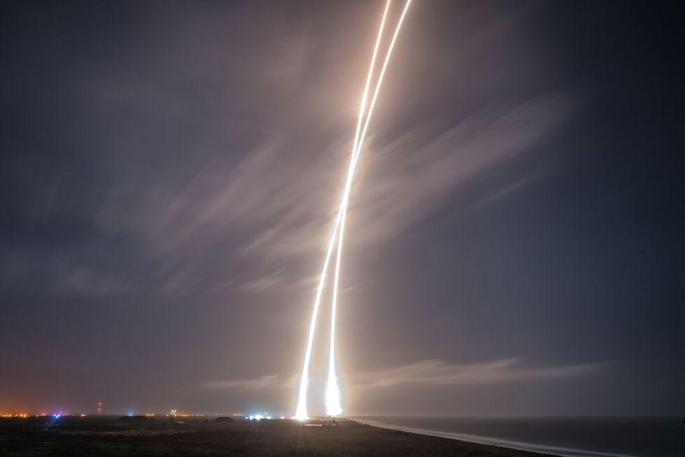 Lite bilder från Falcon 9:s start och landning