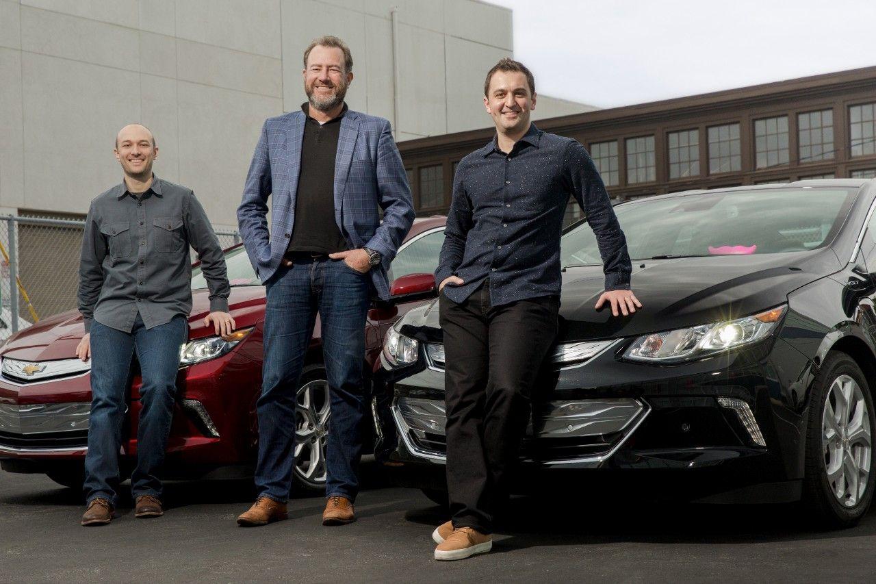 GM investerar en halv miljard dollar i taxitjänsten Lyft
