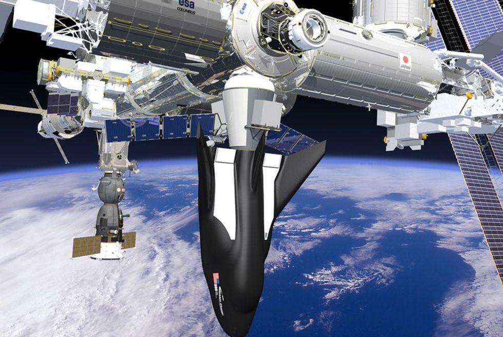 SpaceX, Orbital och Sierra Nevada skriver kontrakt med NASA