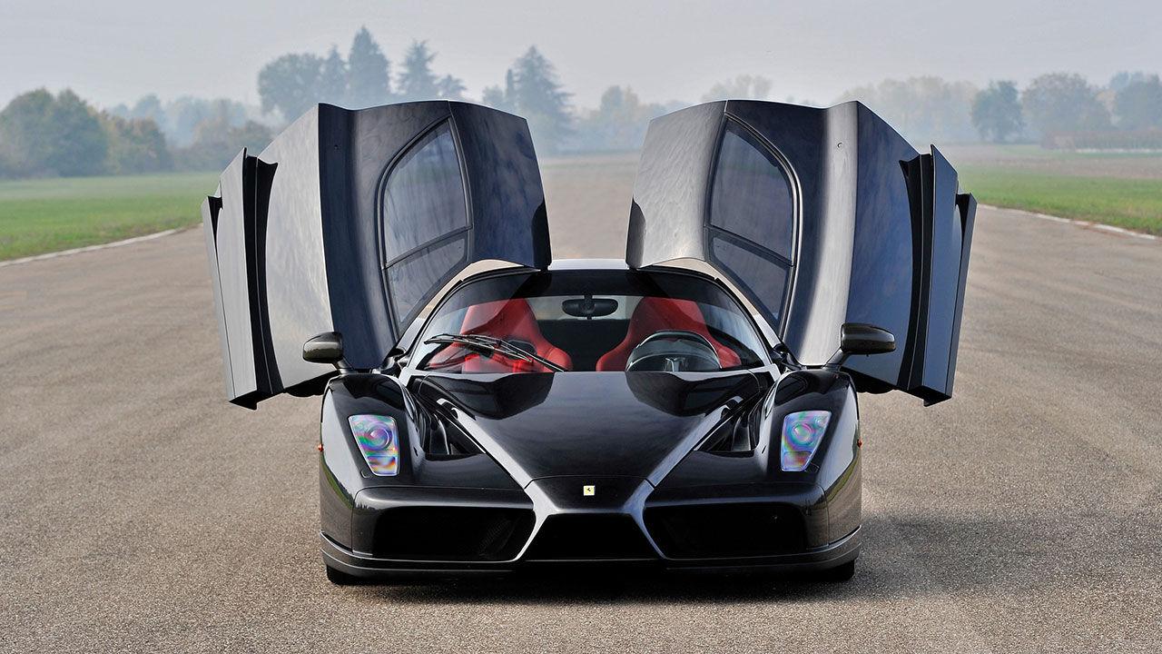 Tjock-Steffes halva Ferrari Enzo är återuppbyggd