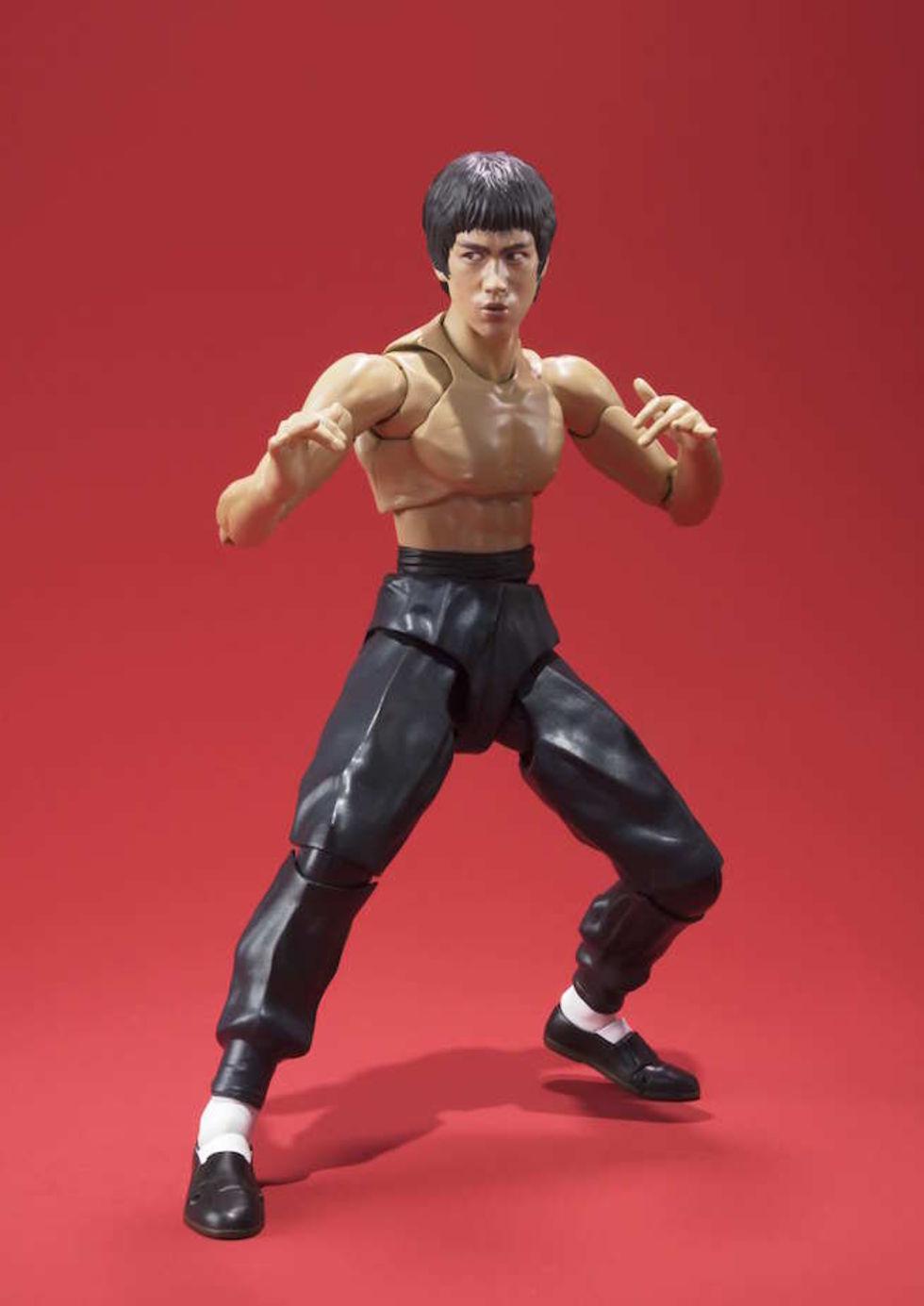 Extremt rörlig Bruce Lee-actionfigur visas upp