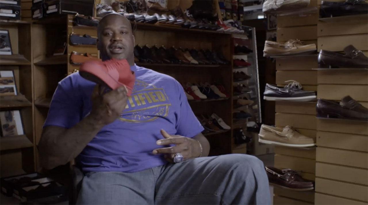 Hit går Shaquille O'Neal för att fixa skor
