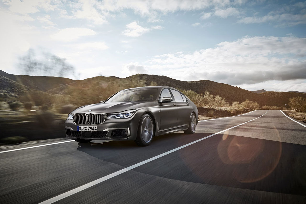 BMW ger 7-serien M Performance-behandling