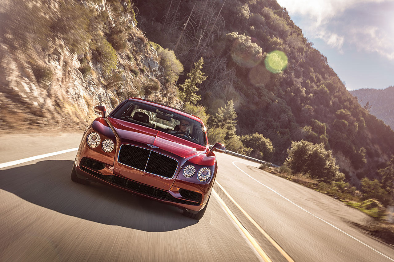Bentley presenterar vassare Flying Spur