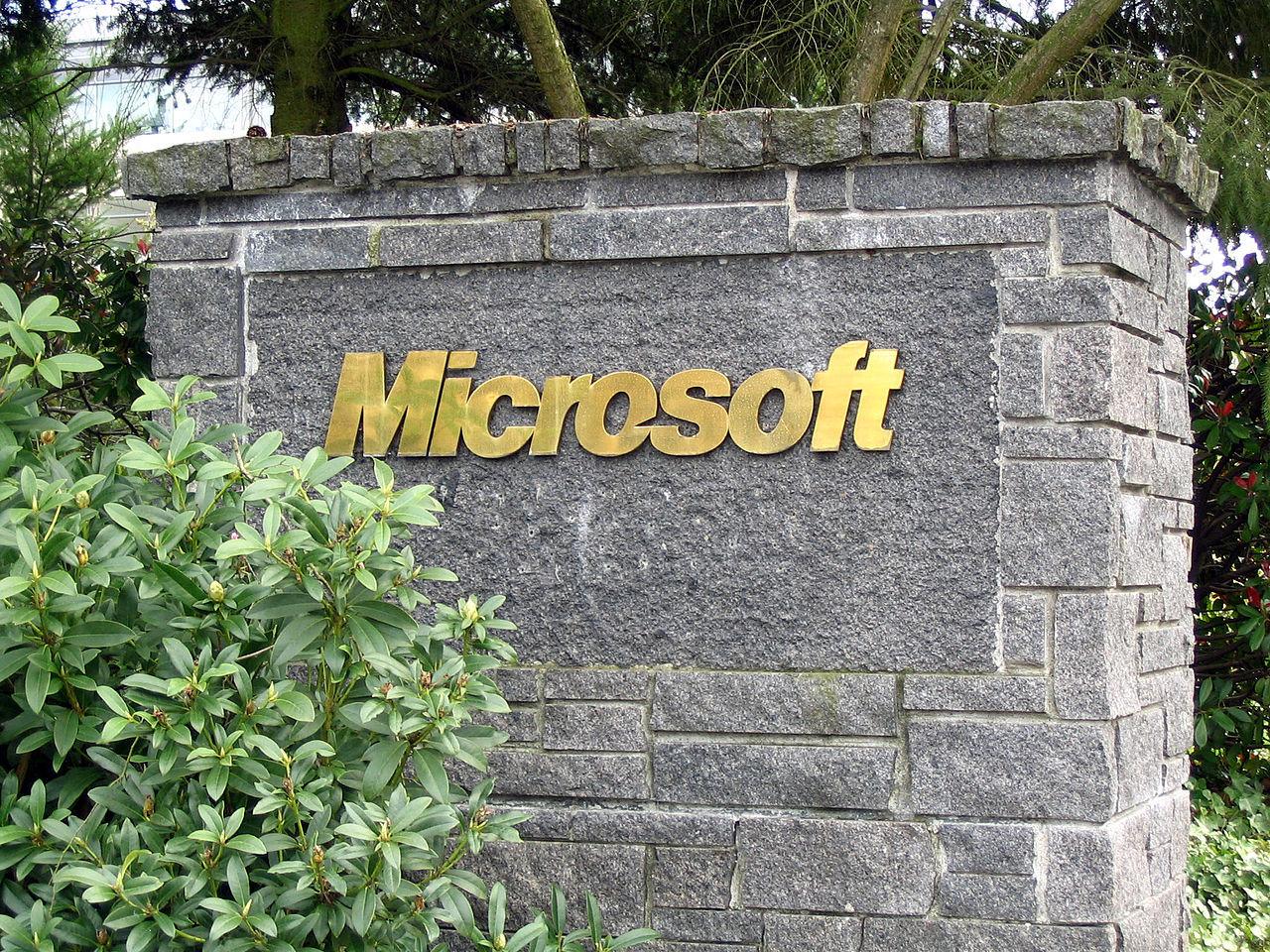 Även Microsoft är emot att bygga in bakdörrar i sina produkter