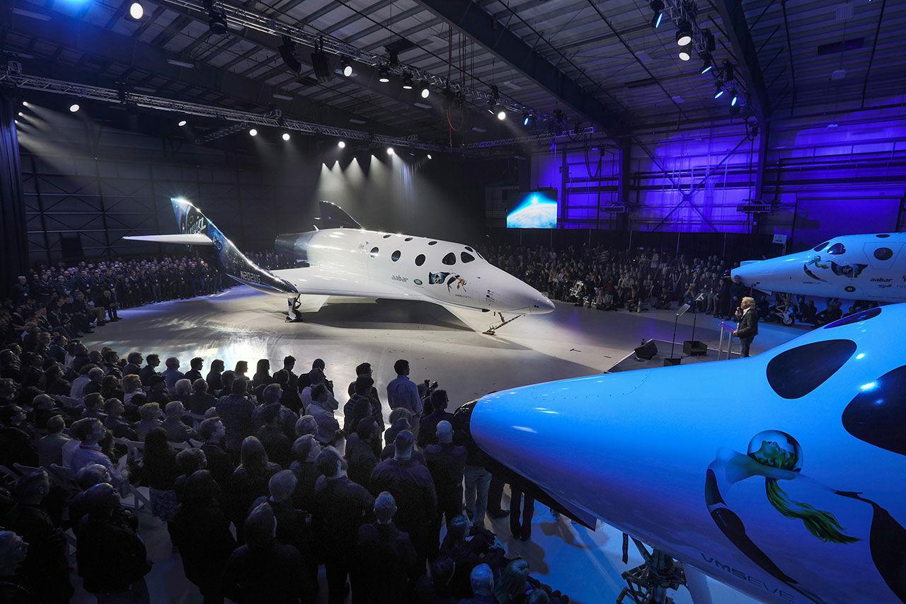 Virgin Galactic visar upp nya versionen av SpaceShipTwo