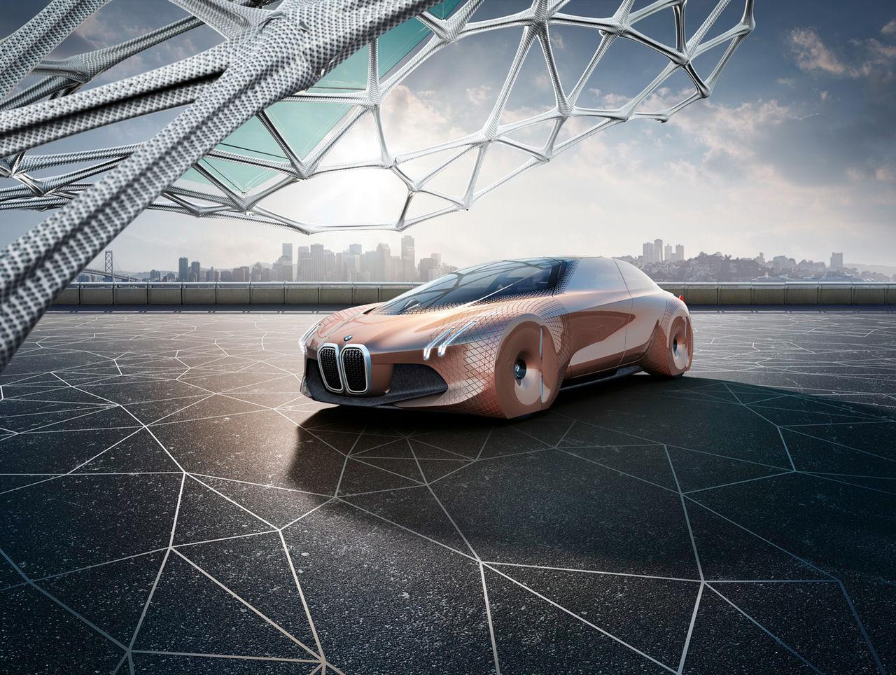 BMW firar 100 år med konceptbilen Vision Next 100