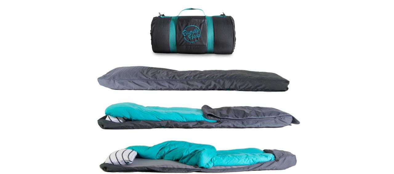 Sovsäck med inbyggd madrass, kudde och lakan