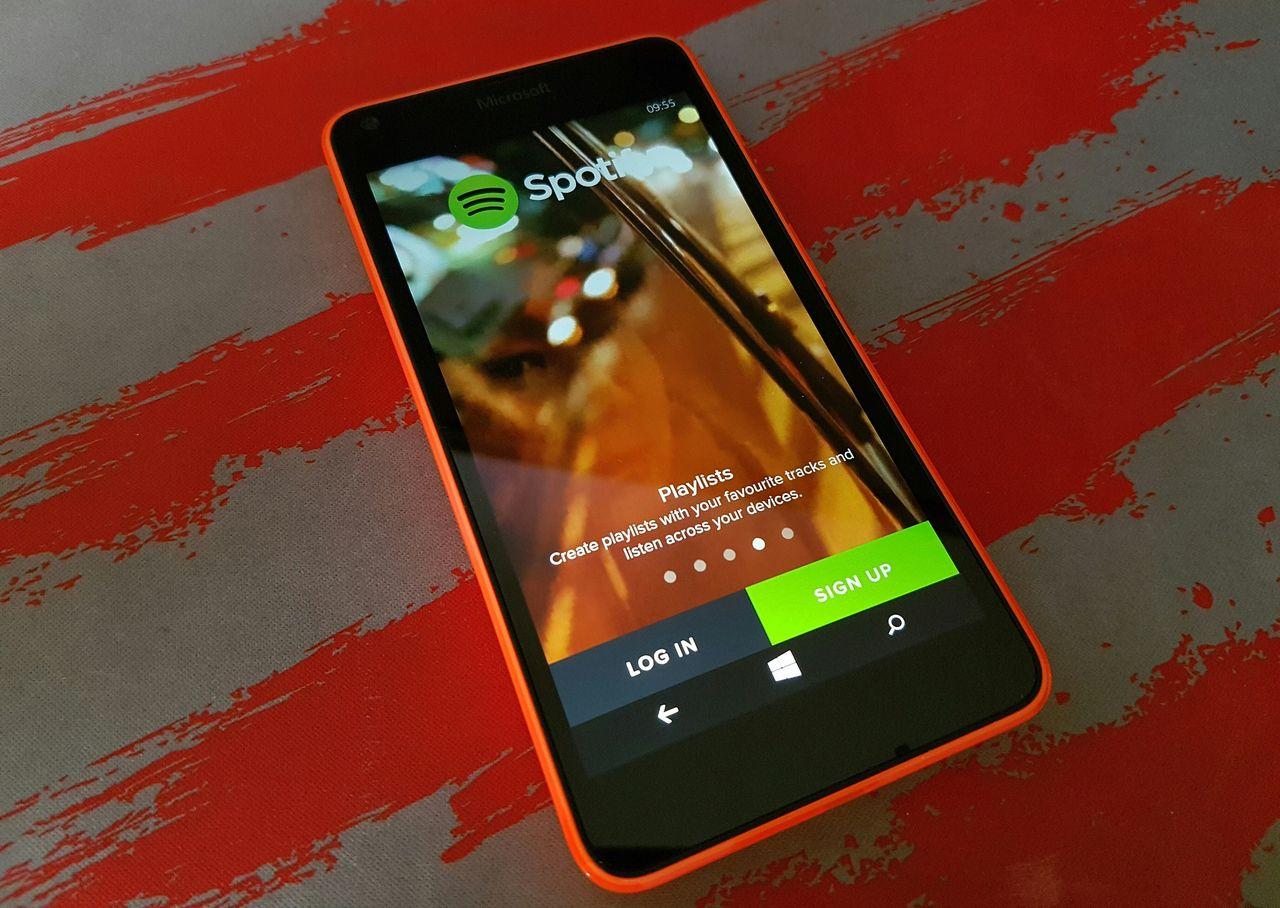Spotify lägger inte alls ner stöd för Windows Phone 8