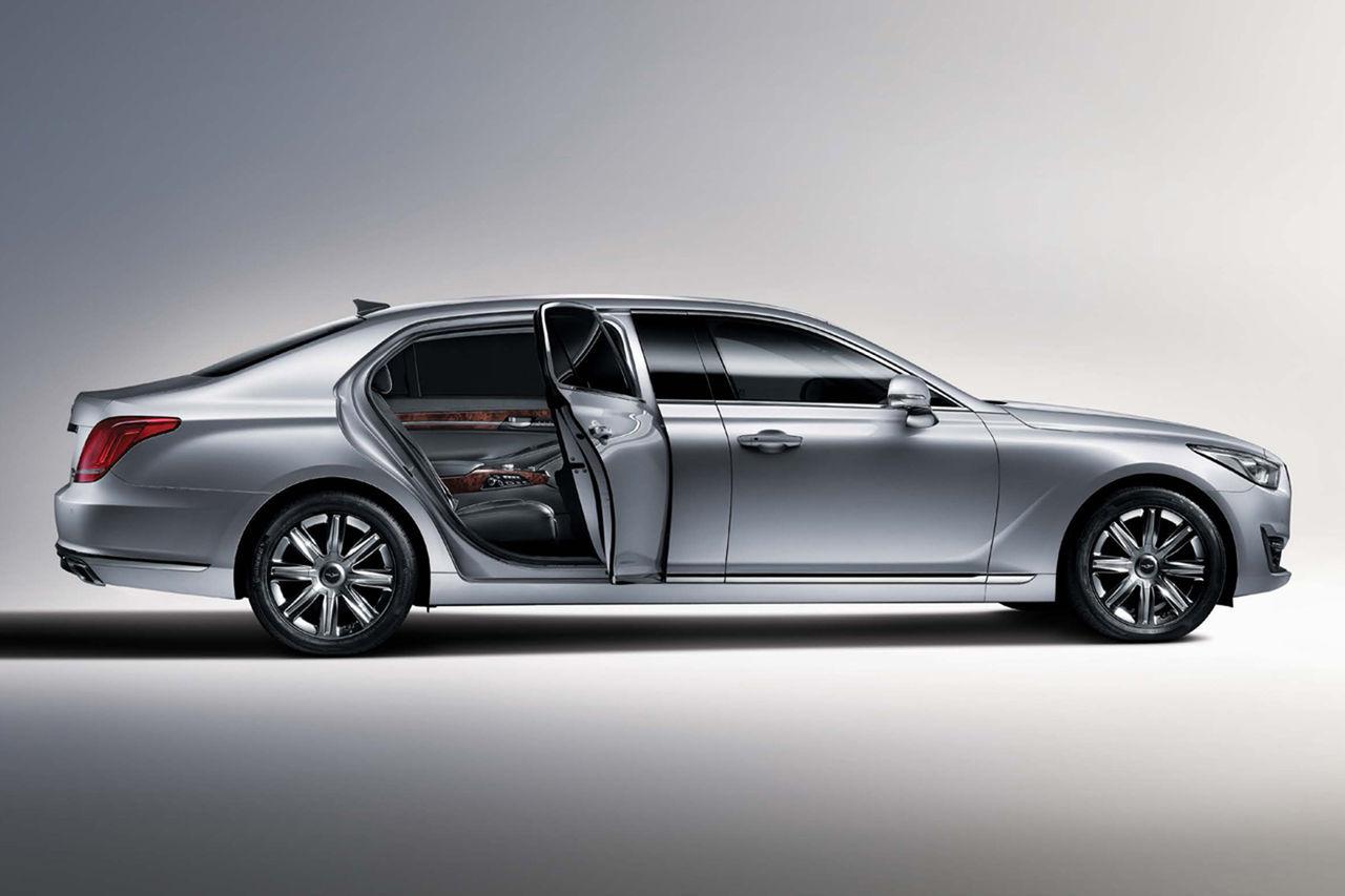 Hyundai drar ut Genesis EQ900 på längden
