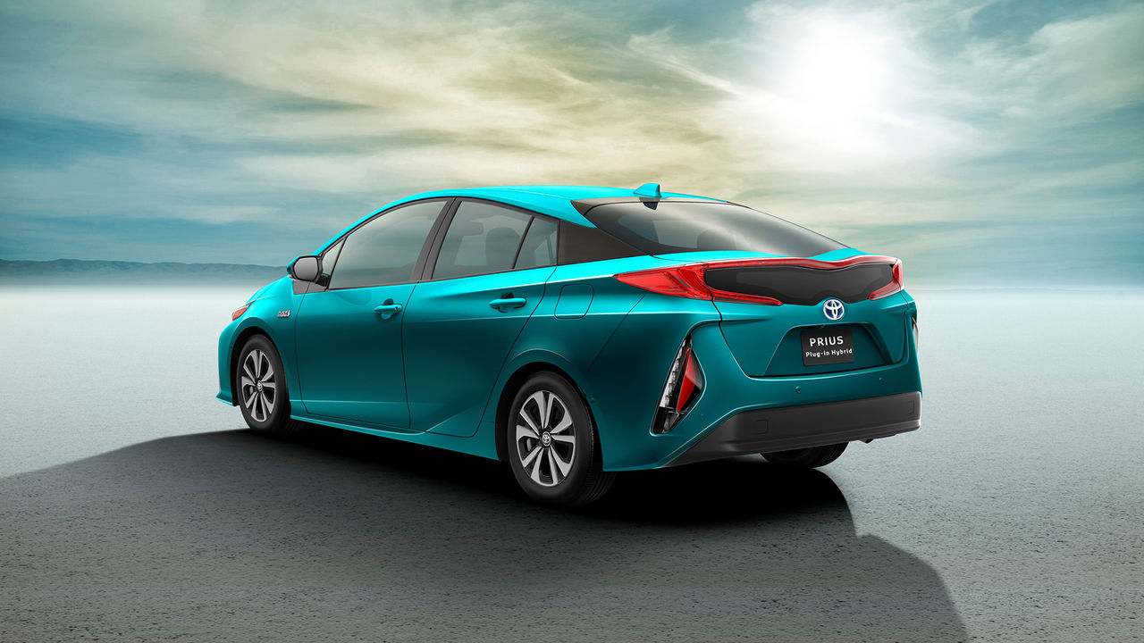 Toyota presenterar nya Prius Plug-in Hybrid