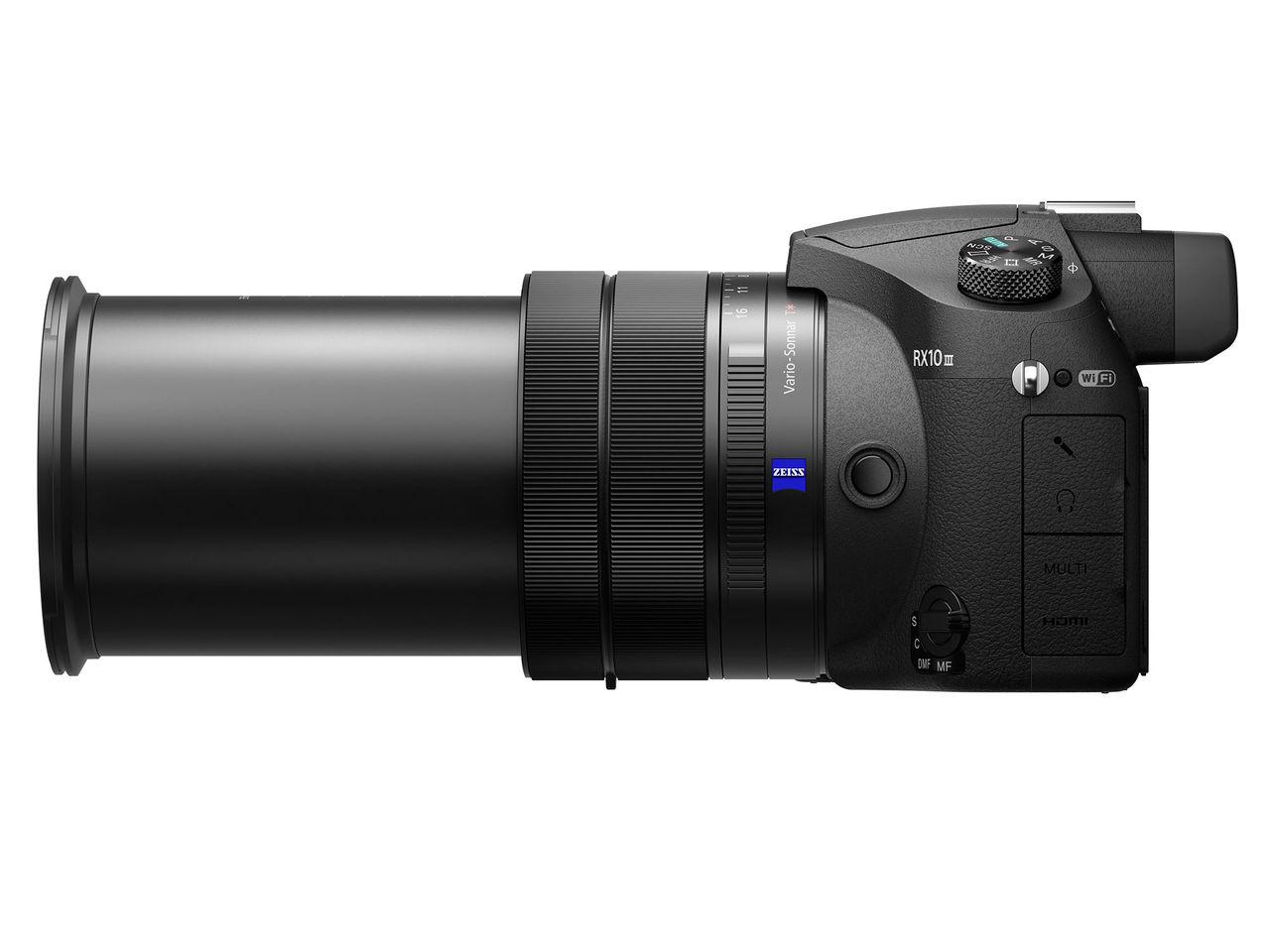 Sony presenterar kameran RX10 III med supertele