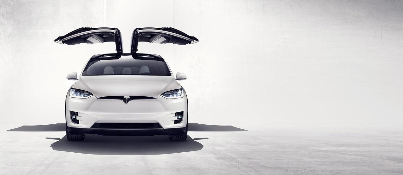 2 700 stycken Tesla Model X återkallas