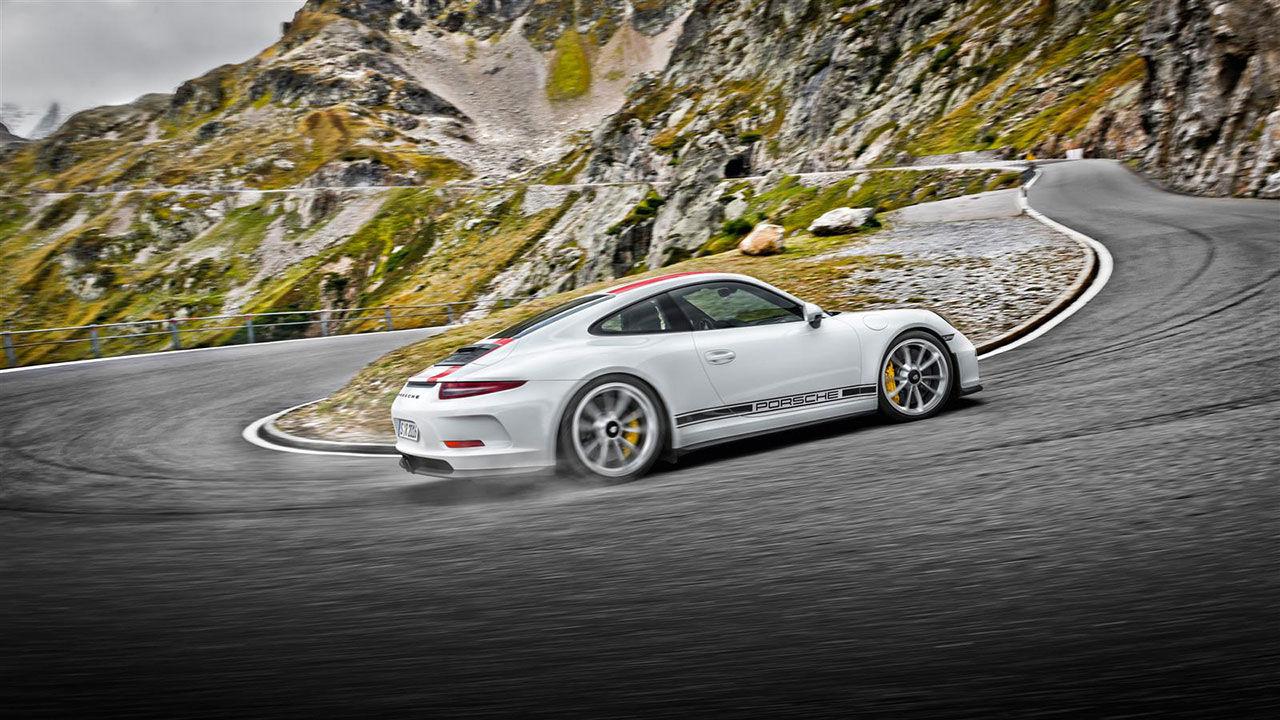 Snubbe begär 1,2 miljon dollar för en Porsche 911 R
