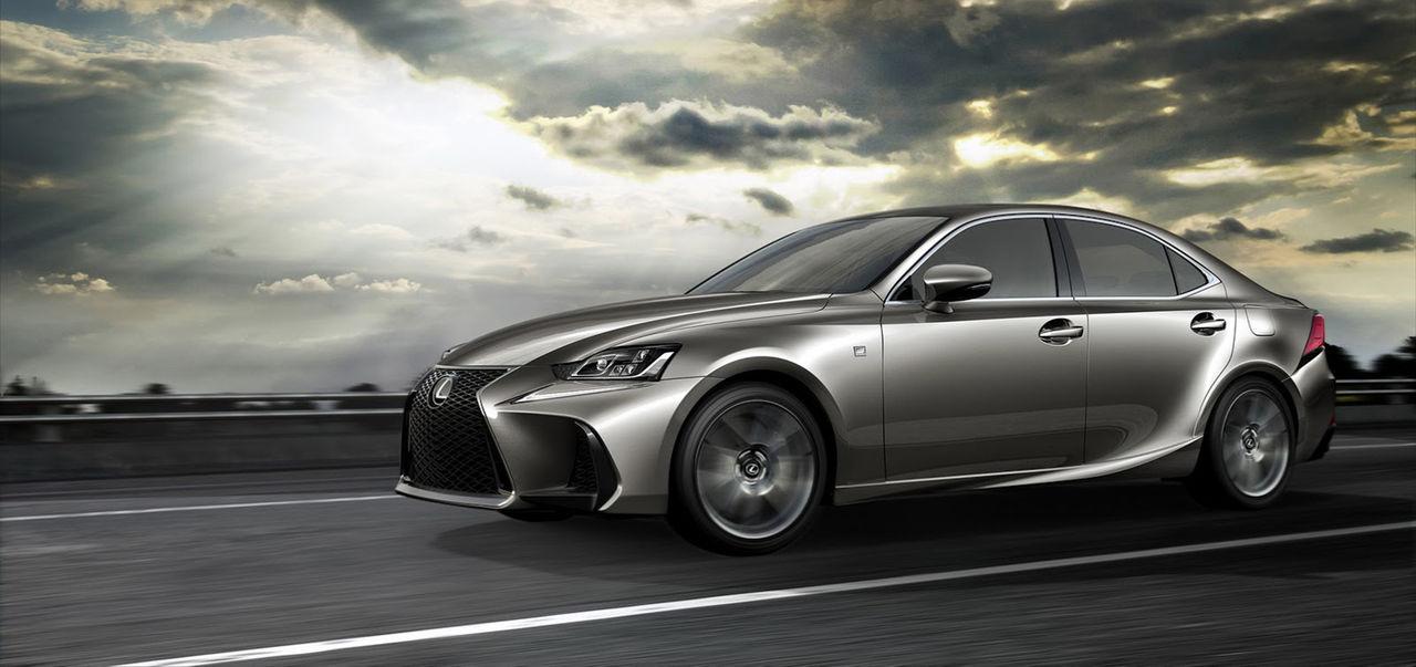 Lexus IS får sig ett ansiktslyft