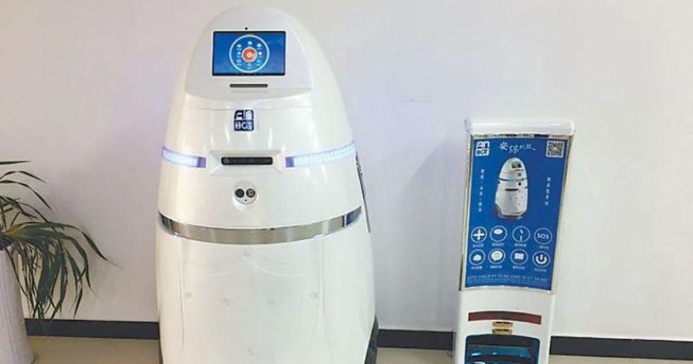 Kina har tagit fram en robot som ska kväsa upplopp