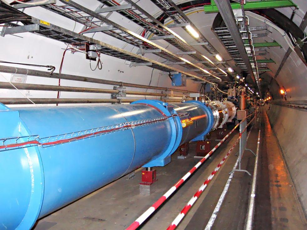 Vessla låg bakom att LHC stängdes av