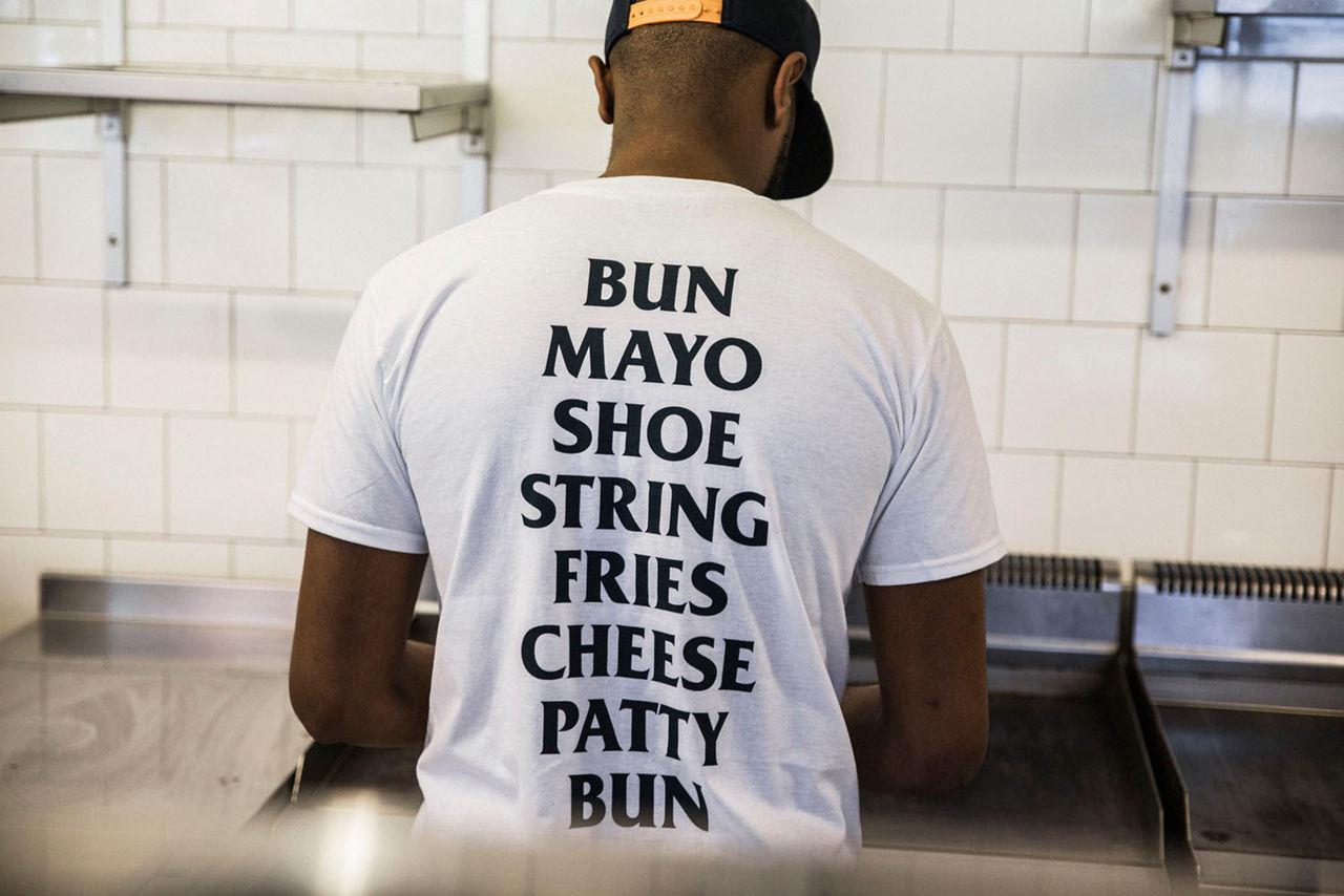Flippin' Burgers kör en Sneakersnstuff-burgare