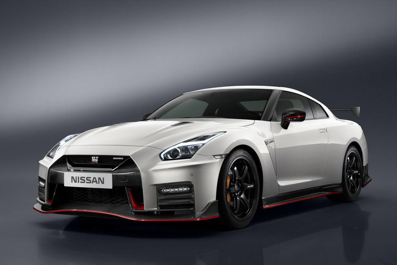 Nissan presenterar GT-R Nismo i ny skrud