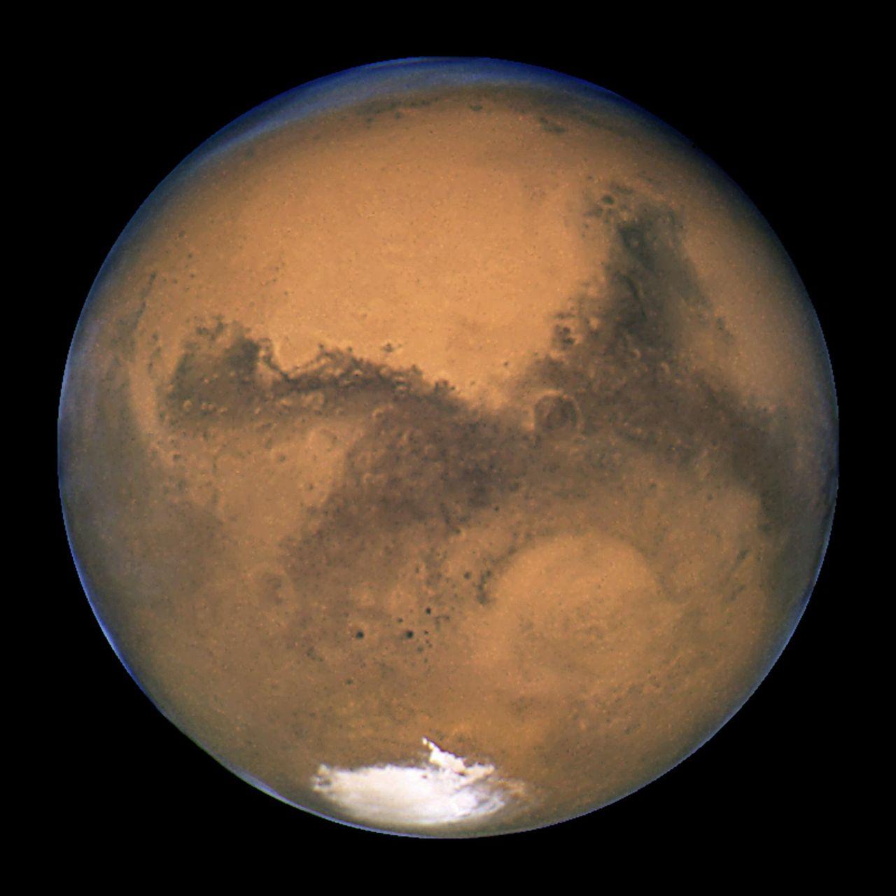 Förenade Arabemiraten vill hjälpa NASA att sätta människor på Mars