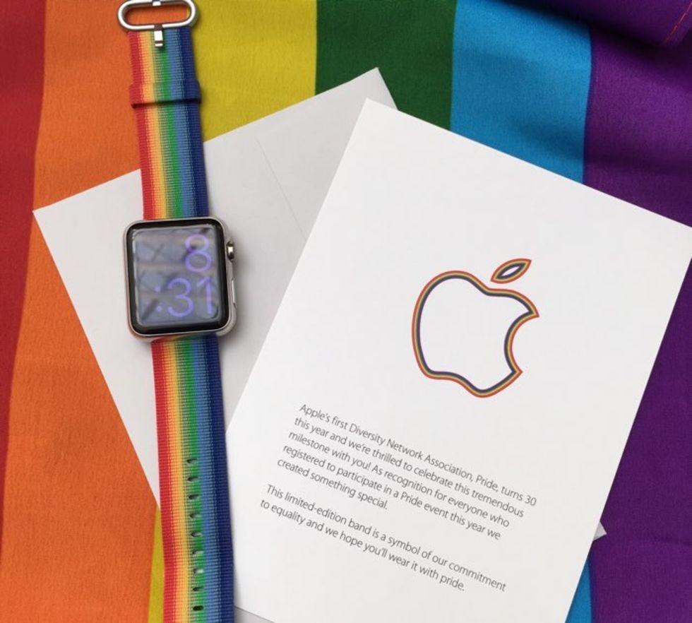 Apple firar Pride med färgglatt armband till Watch