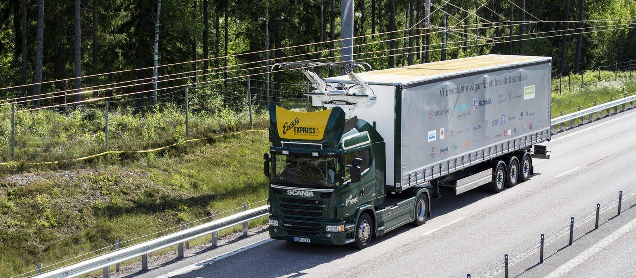 Sveriges första elväg har öppnat