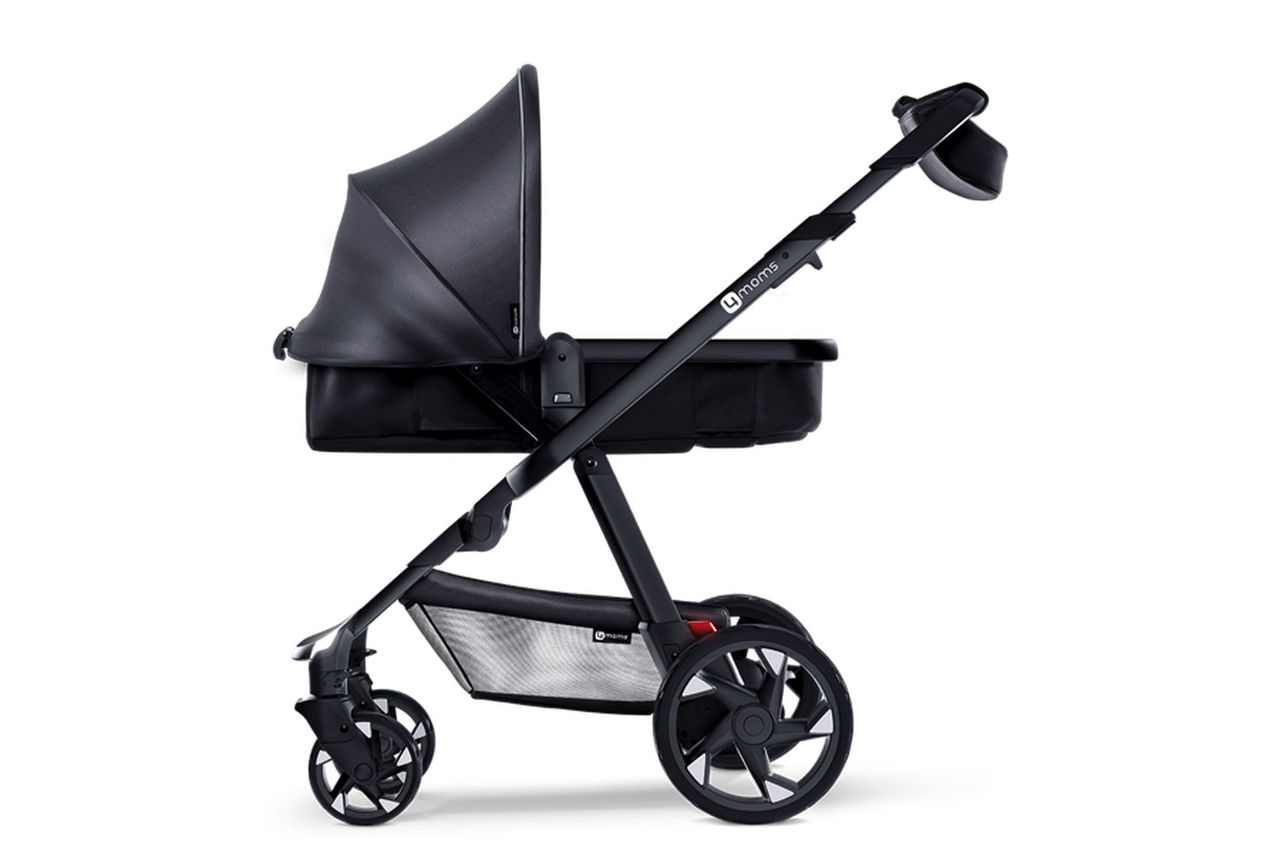 Barnvagn som kan ladda mobilen