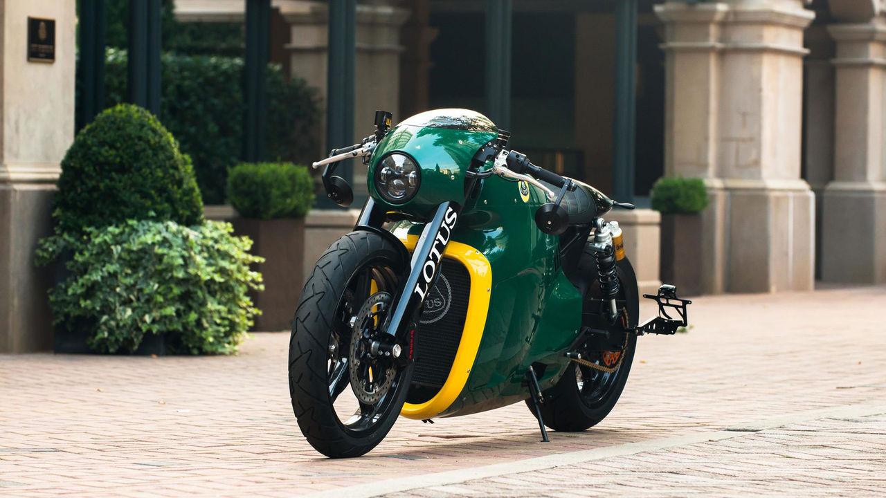 Speciell Lotus-motorcykel på auktion