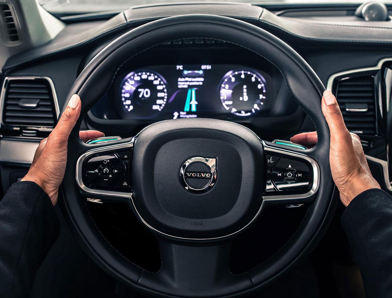 Volvo och Autoliv utvecklar mjukvara till självkörande bilar
