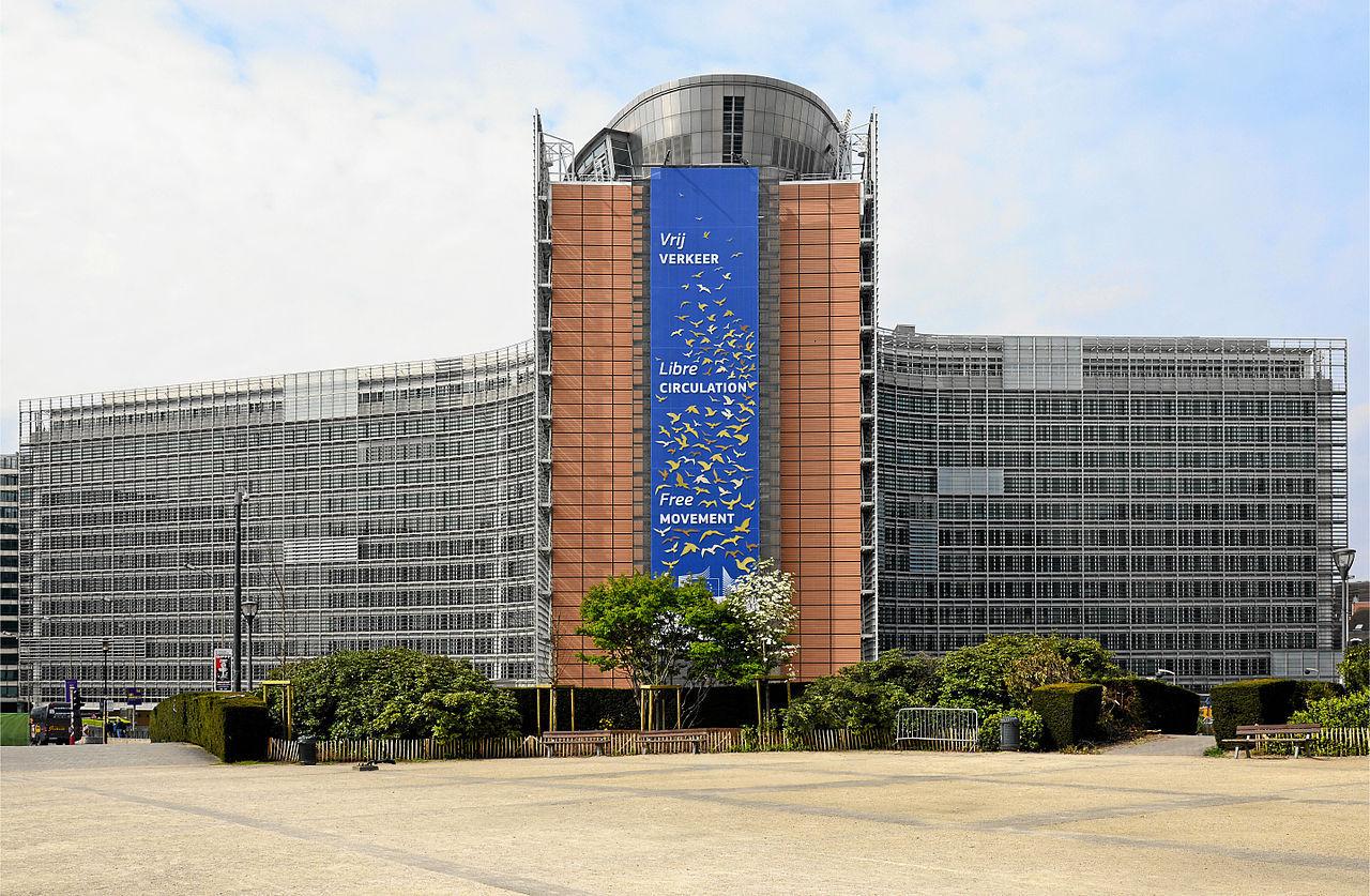 EU-kommissionen vill ha gratis wifi i alla Europas städer 2020
