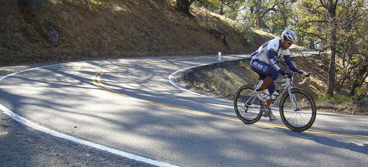 Cyklister dåliga på att använda hjälm