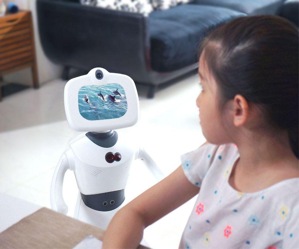 Robelf är en väktarrobot för hemmet