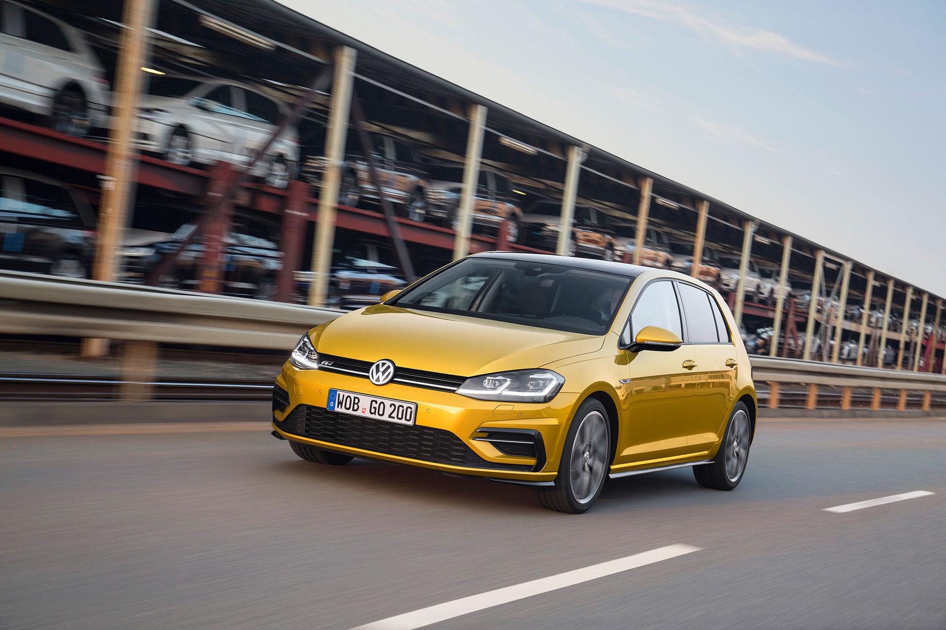 Nu är den här - uppdaterade Volkswagen Golf