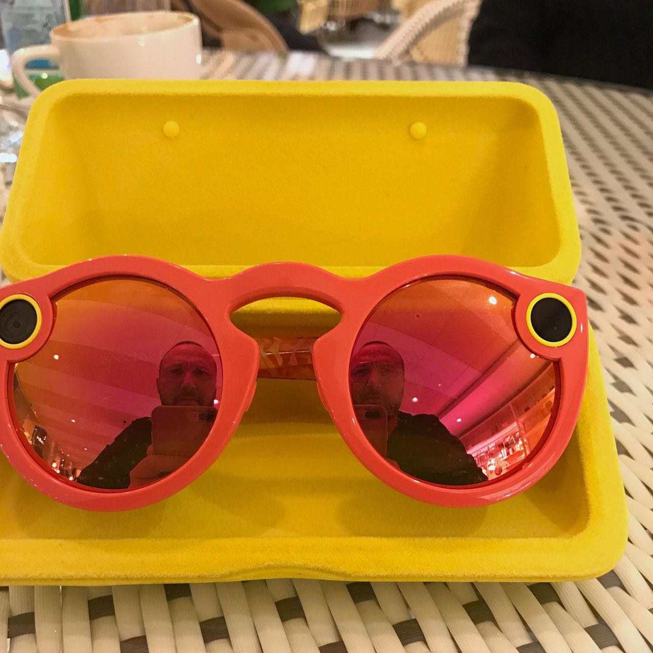 Vi har känt på Snap Spectacles
