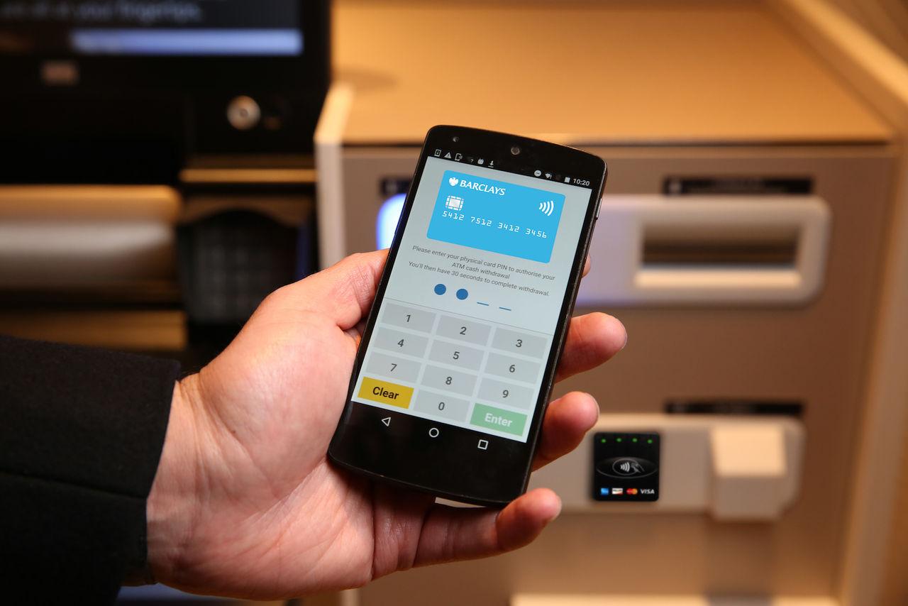 Använd mobilen för att ta ut pengar från bankomaten
