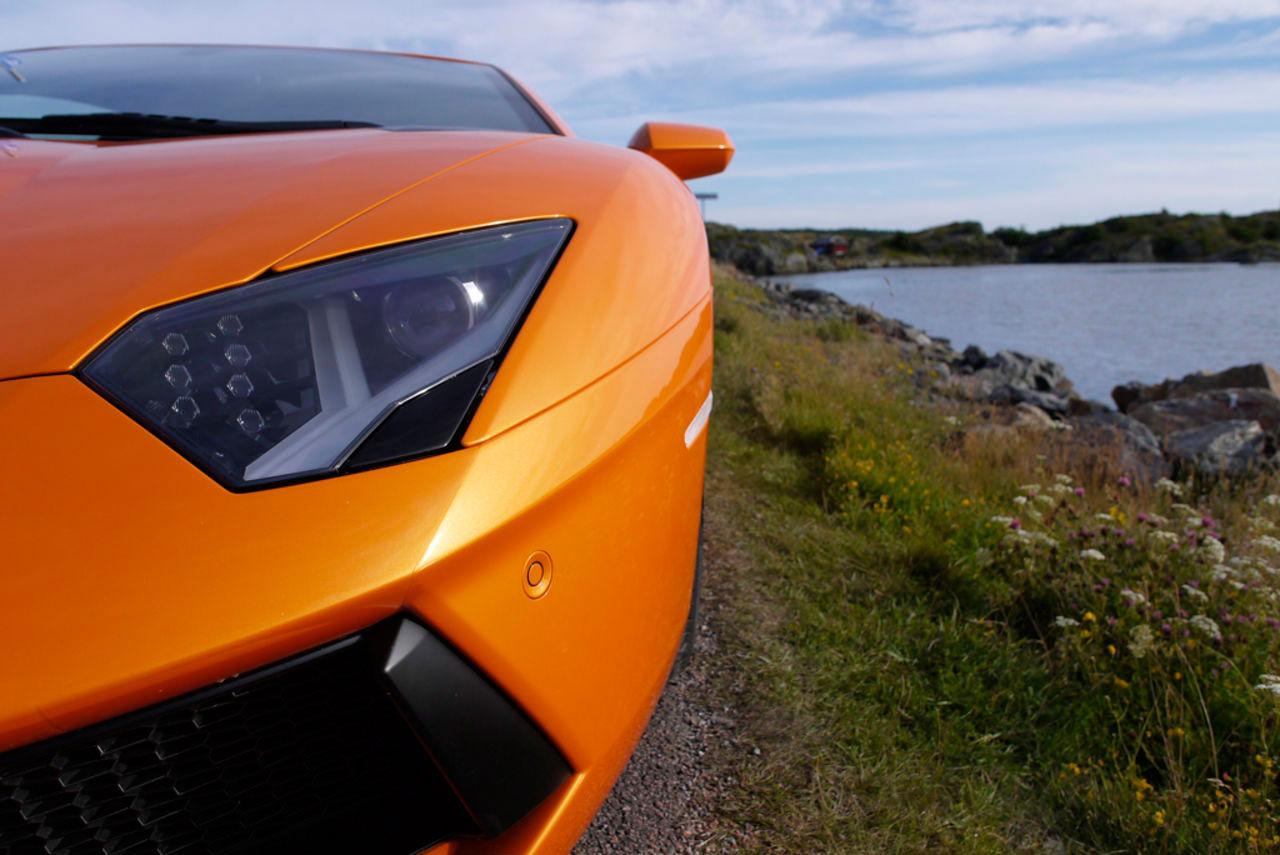Faceliftad version av Lamborghini Aventador får tillägget S