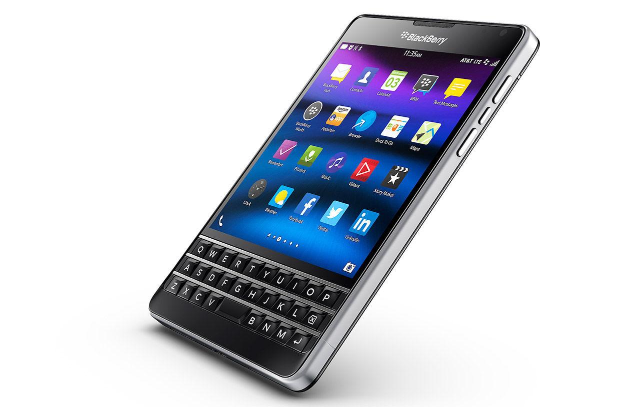 BlackBerry har sålt sitt namn till mobiltillverkaren TCL
