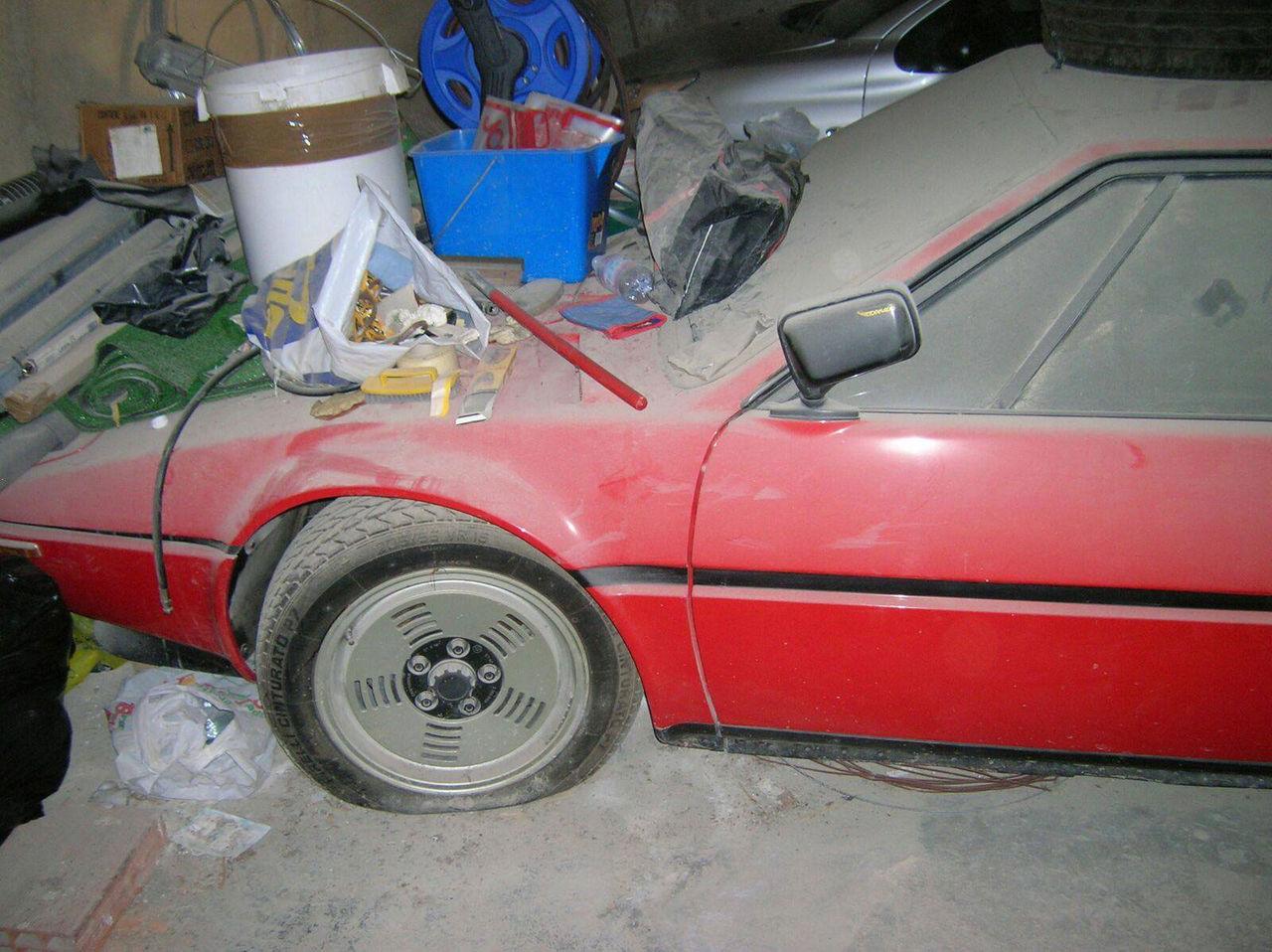 Klassisk BMW M1 hittad i lada